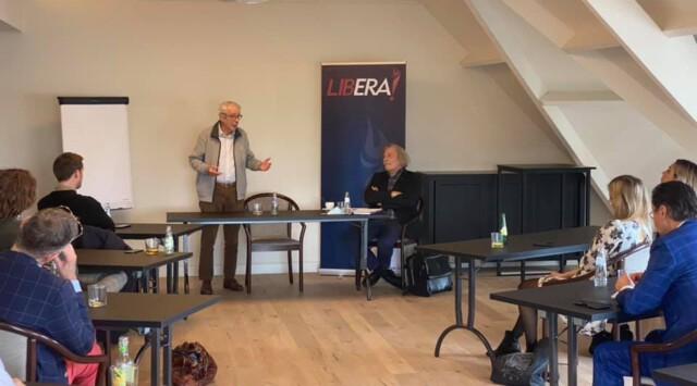 Seminarie met Frank van Dun